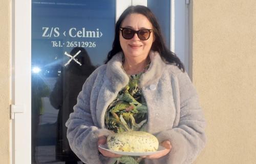 """Zemnieku saimniecība """"Celmi"""" ražo sieru ar tradīcijām"""