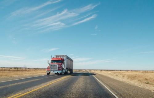 Lielbritānijas valdība nosaka jaunus piemērošanas termiņus atsevišķu ES kravu kontroles pasākumiem